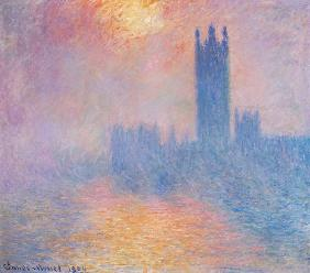 The Houses of Parliament, London, with the sun breaking through the fog 1904