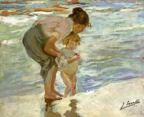 Mutter und Kind am Strand. 1908