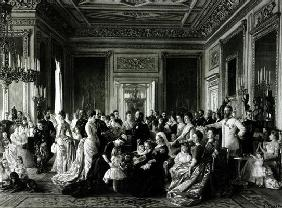 The Family of Queen Victoria, 1887 (engraving) (b/w photo) 18th