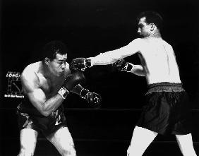 American boxer Joe Louis fighting with Billy Conn 1946